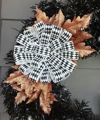 crochet halloween wreath a halloween wreath u2013 created by jess