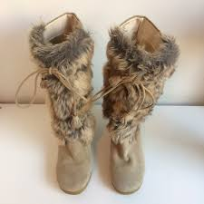 womens wedge boots size 9 steve madden steve madden suede fur wedge boots size 9