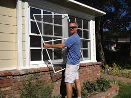 Mobile Window Screen Repair The Screen Bee Mobile Screen Service Window Screens And Screen Doors