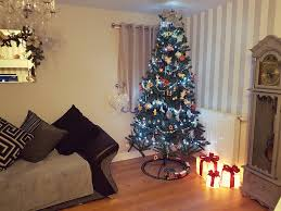 tops tips for saving money for christmas and when buying gifts