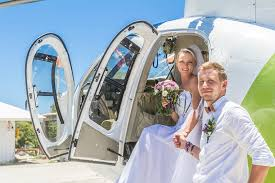 the jets wedding band aircraft wings wedding rings 5 ways to incorporate jets