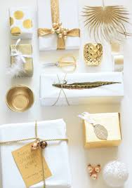 beautiful white and gold gift wrapping inexpensive yet elegant
