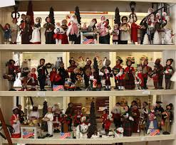 byers choice carolers made in the usa