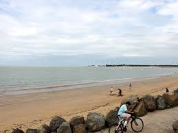 chambre d hote la tranche sur mer hotels gîtes et chambres d hôtes à proximité de la plage sainte