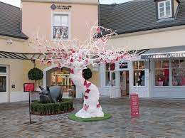 wishes across the world the chic outlet shopping villages