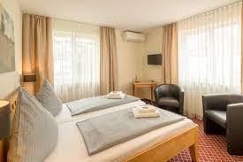 Schlafzimmer Auf Englisch Beschreiben Leitner U0027s Hotel Garni Deutschland Kaufbeuren Booking Com