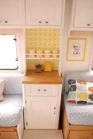 Camper Interior Decorating Ideas by The 25 Best Caravan Interiors Ideas On Pinterest Vintage