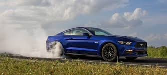 cars similar to mustang why the 2015 ford mustang gt is impossible not to like