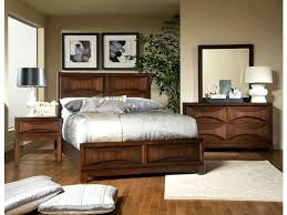Chris Madden Bedroom Set by Rent The Contemporary Madden Queen Bedroom Cort Com