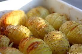 cuisiner la pomme de terre pommes de terre rôties à la suédoise hasselback potatoes