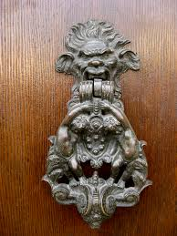 the many door ornaments of firenze bryn s florence adventures