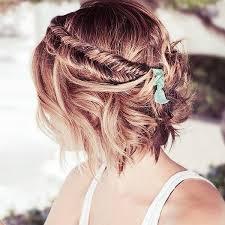 Frisuren Schulterlanges Haar Flechten by Die Besten 25 Kurze Haare Flechten Ideen Auf Geflecht