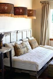 canapé diy canape lit palette diy 12 meubles incroyables entiarement