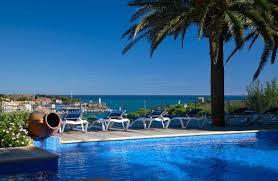 chambres d hotes port vendres hotel les jardins du cèdre port vendres