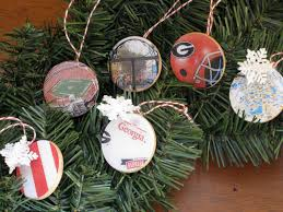 dorm crafts glossy college christmas ornaments