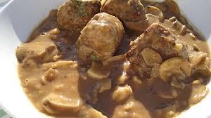 cuisiner des boulettes de boeuf boulettes de bœuf et sa sauce chignons recette par la cuisine