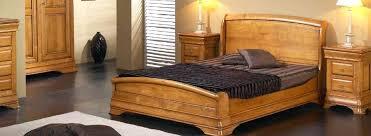 chambre à coucher bois massif chambre bois massif contemporain lit bois massif contemporain