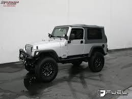 white jeep black rims jeep wrangler fuel boost d534 wheels matte black u0026 milled