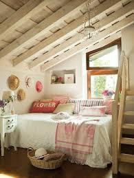 chambre fille sous comble aménager une chambre d enfant sous combles bienchezmoi