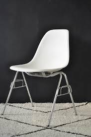 chaise eames vitra chaise dss vitra le vide grenier d u0027une parisienne
