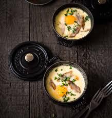 cuisiner oeufs l oeuf mollet frit de cyril lignac dans topchef technique de