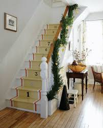 decorating christmas stairs