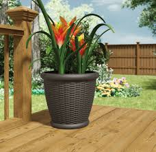 suncast 18 u201d willow resin wicker planter 4 pack u2013 outdoor living