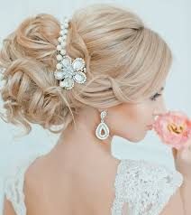 Elegant Bridal Hairstyles by Effortlessly Chic Wedding Hairstyle Inspiration Modwedding