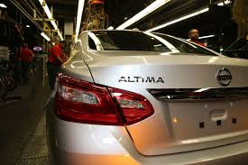 nissan altima 2016 design first facelifted 2016 nissan altima rolls off the assembly line w