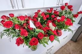 flower delivery chicago the best online flower delivery services of 2018 reviews