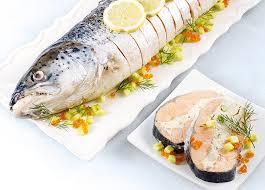 cuisiner saumon congelé saumon entier farci cuit et prétranché surgelé gamme entrées