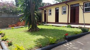 Bungalow Home Renovated Bungalow House With Great Garden For Rent In Old Airport