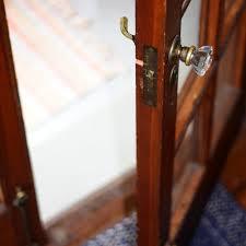comment ouvrir une serrure de porte de chambre les 10 secrets que le serrurier garde pour lui ooreka