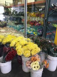 wholesale flowers near me wholesale flower hunt dress me up delish
