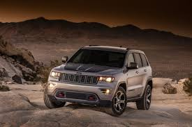 jeep car 2017 jeep adds two new models to the 2017 grand cherokee lineup