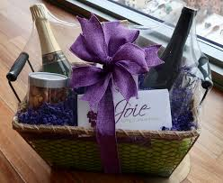 lavender gift basket chagne and roses chagne gift basket for decadent