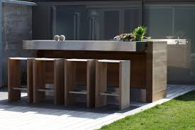 modern outdoor kitchens outdoor kitchen pictures and ideas