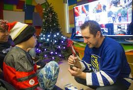 jonathan pitre throws a hockey party for cheo patients ottawa