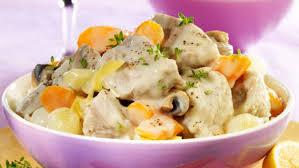 cuisiner une blanquette de veau blanquette de veau facile et pas cher recette sur cuisine actuelle