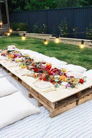 Outdoor Party Decorations by 25 Best Party Tables Ideas On Pinterest Birthday Table