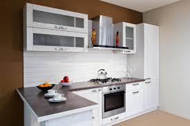 cuisine equipee en l pose cuisine équipée arras mobilier cuisine plomberie cuisine