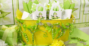 two peas in a pod baby shower decorations sweet pea baby shower 1 w project idea the project table