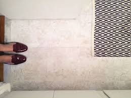 Bathroom Tile Makeover - a simple inexpensive bathroom makeover for renters
