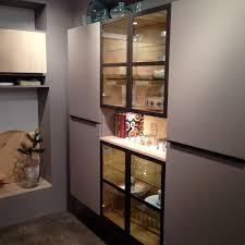 vitrine de cuisine aménagement cuisine et salle de bain avec mobalpa