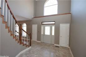 should kitchen cabinet color match oak on stairwell