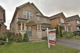 new lease listing 54 horizon street in brampton