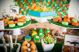 dinosaur birthday party supplies roar a dinosaur party b lovely events