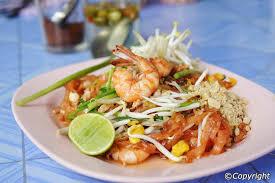 typical thai meals habits