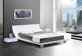 Modern Platform Bed Frames A Look At The Modern Platform Bed La Furniture