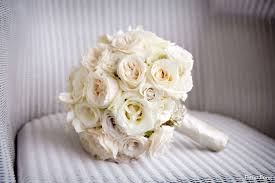 wedding flowers delivered ivory bridal bouquet wedding flowers
